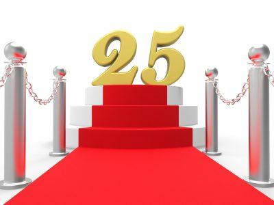Descargar bonitos mensajes por los 25 años de aniversario, nuevos y originales mensajes por los 25 años de aniversario